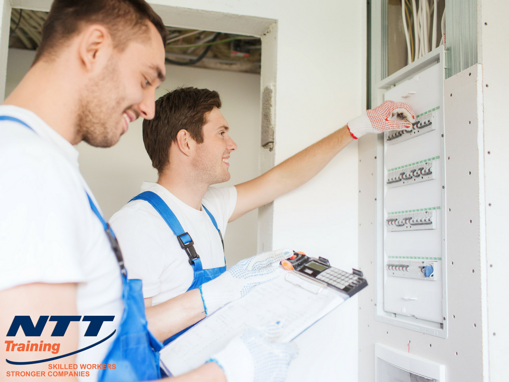 Electrical Safety Hazards Awareness: What Your Employees Need to Know