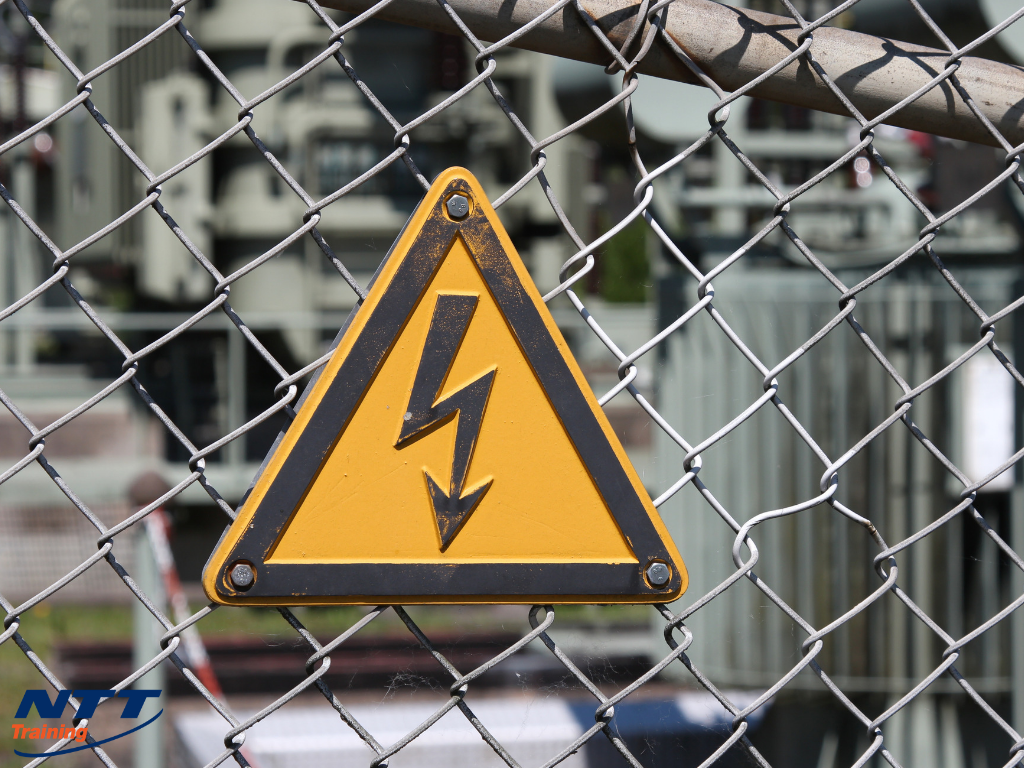 Electrical Systems in Industrial Settings: What Do Your Employees Need to Know?