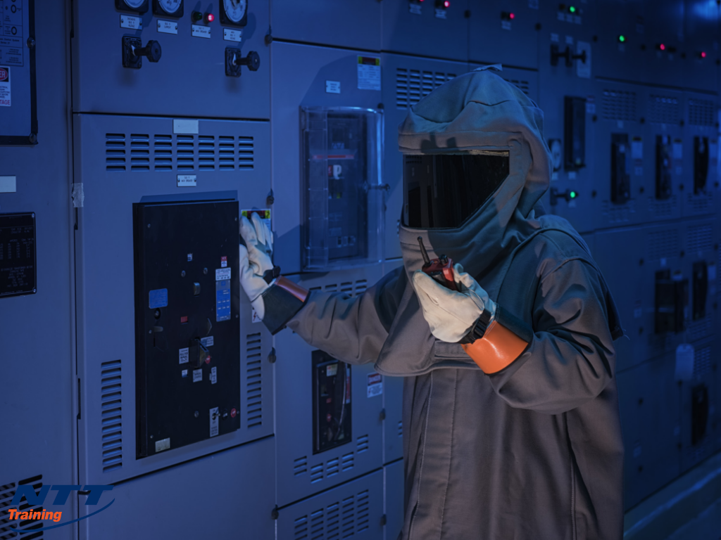 Safe Distance from Arc Flash: What is it for Industrial Employees?