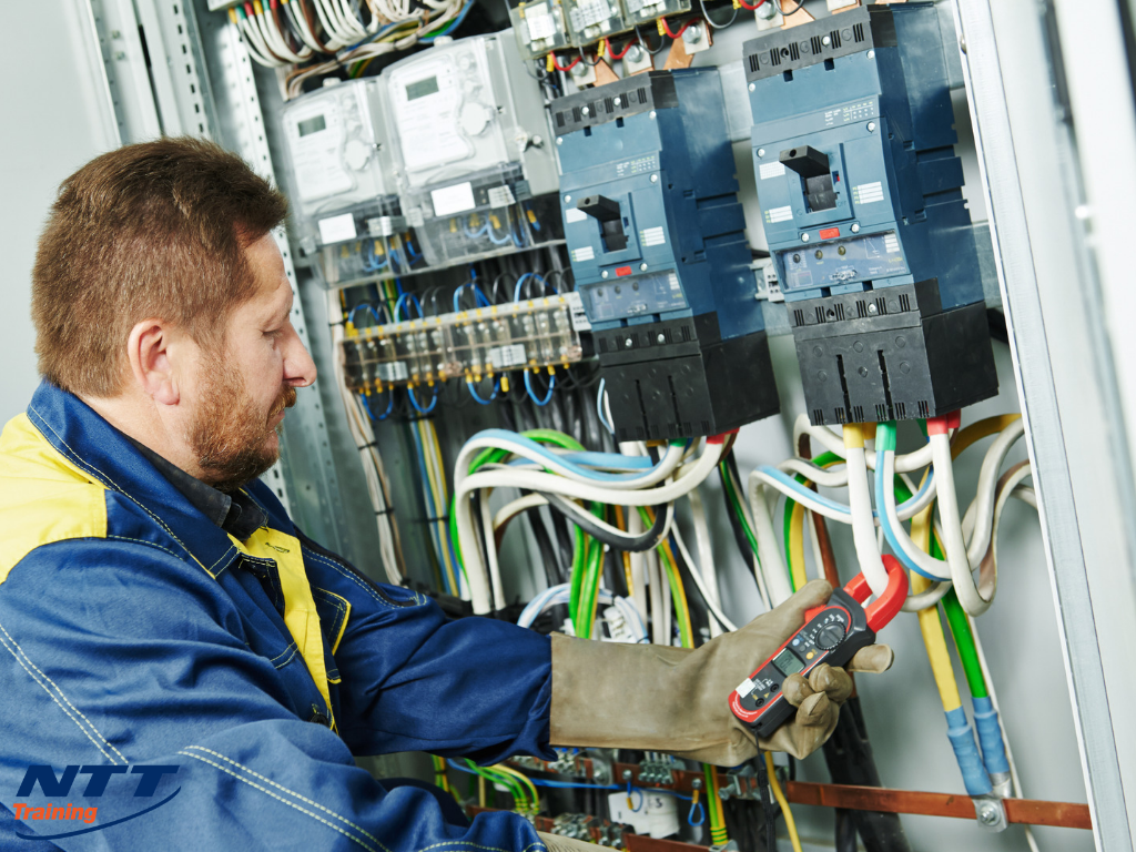 Arc Flash Electrical Safety: Training to Help Ensure Your Workers Are Safe
